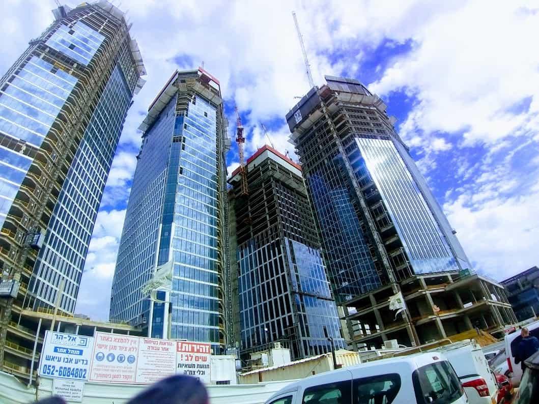 מגדל היוקרה החדש של תל אביב- Sky Tower